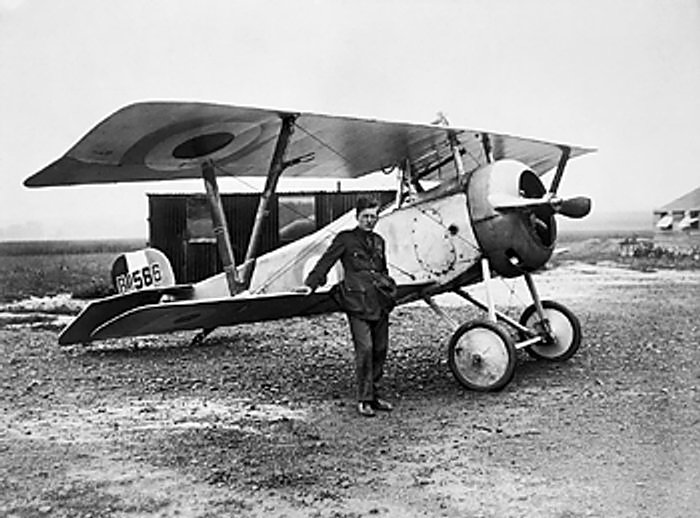 Commander of No.60 Squadron by war's end, Bishop stands with his Nieuport 17 at Filescamp, France. (IWM Collection via wikipedia)