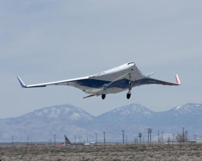 Boeing's X-48B Blended Wing Body technology demonstrator takes flight at NASA's Dryden Flight Research Center on Edwards Air Force Base. Despite appearances, this is another 8.5% scale aircraft, with a 20 ft 5 in (6.22m) wingspan. NASA photo / Tony Landis