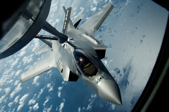 F-35 refuelling