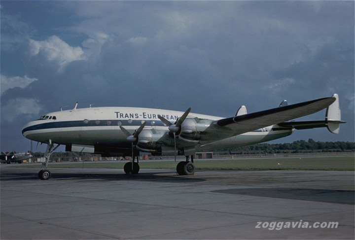 Another shot of G-AHEL in Trans-European colours, this time at London Gatwick in August 1961. Compare the boxy Avro York in the background. (Zoggavia.com)