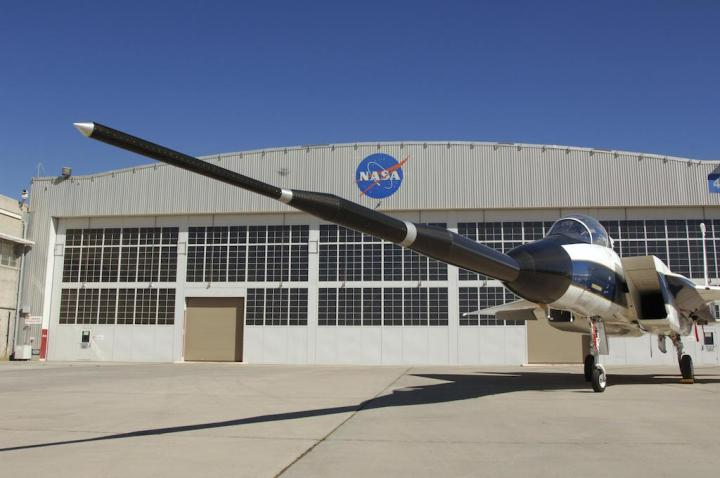 More work for NASA #836 – testing Gulfstream's 'Quiet Spike', a cockpit-controllable telescopic nose probe designed to mitigate sonic booms across a range of conditions. (NASA Photo)