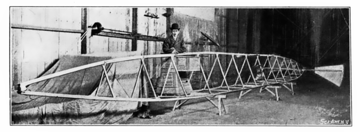 An example of Santos-Dumont's typical airship frame and pilot basket, in this case from the ill-starred No.5. (Scientific American, August 10, 1901)