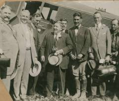 Durant Field, on August 9th, 1920. L to R: John L. Davie (Mayor of Oakland), Eddie Rickenbacker, John M. Larsen, Bert Acosta, J. J. Rosborough (Postmaster). (Oakland Public Library)