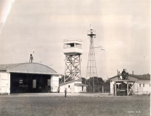 The air mail facilities at Iowa City, IO, with the airways beacon and control tower in the centre. (Smithsonian Inst. A.2009-27)