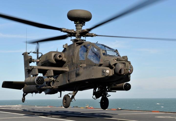 Apache off HMS Ocean