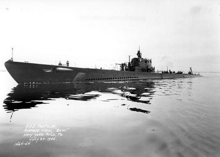 USS Porpoise (SS 172) 1944