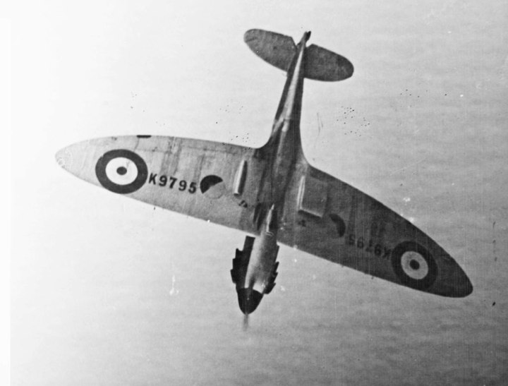 Just the 9th Spitfire Mk.Ia built, K9795 shows off its soon-to-be famous wing shape, as well as the early two-bladed wooden propeller. (SDASM #01-00088450)